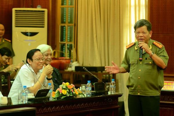 Chân tình buổi gặp mặt thân mật giữa CATP Hà Nội với lãnh đạo các cơ quan báo chí ảnh 10