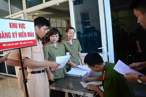Tuổi trẻ Công an Thủ đô hiến máu vì cộng đồng: Một giọt máu cho đi... ảnh 2