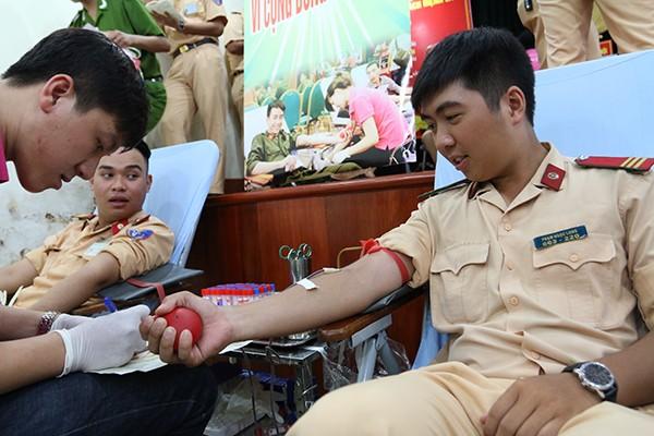 Tuổi trẻ Công an Thủ đô hiến máu vì cộng đồng: Một giọt máu cho đi... ảnh 10