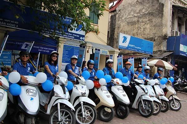 """Chuỗi roadshow """"Kết sức mạnh, nối niềm tin"""" do VNPT Hà Nội tổ chức nhằm chào mừng sự kiện ra mắt VNPT VinaPhone"""