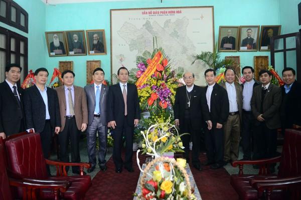 Lãnh đạo Thành phố Hà Nội chúc mừng Giáng sinh Tòa Giám mục Hưng Hóa ảnh 2