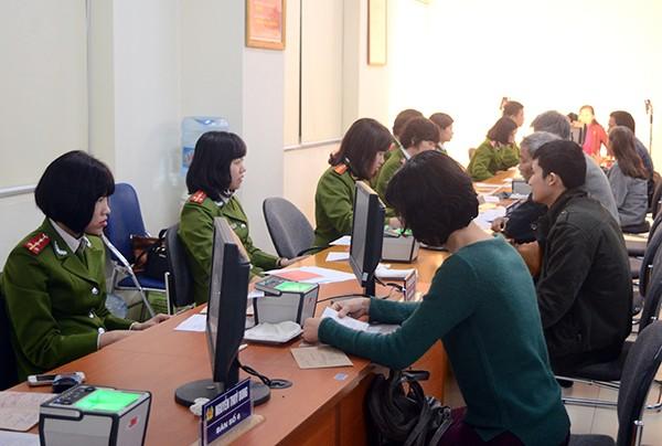 Hà Nội: Dễ dàng đăng ký thẻ căn cước công dân ảnh 1