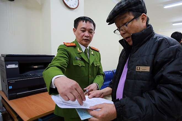 Hà Nội: Dễ dàng đăng ký thẻ căn cước công dân ảnh 3