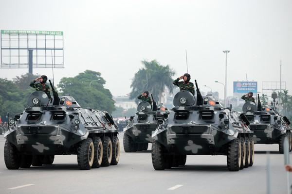 Trực thăng và dàn xe khủng tham gia bảo vệ Đại hội Đảng XII ảnh 5