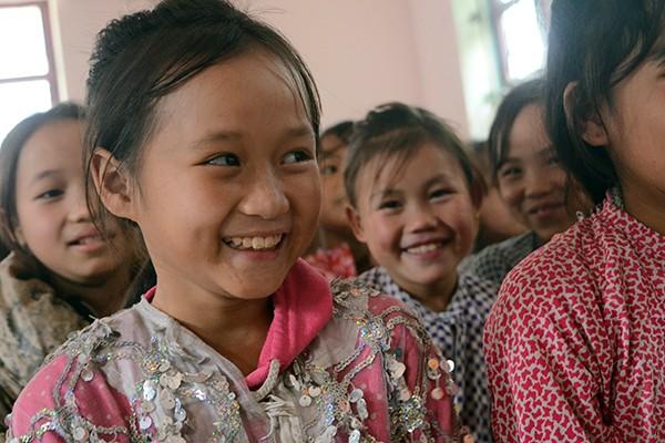 Mang chăn ấm đến với học sinh vùng cao biên giới Hà Giang ảnh 8