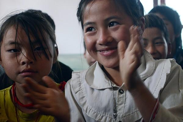 Mang chăn ấm đến với học sinh vùng cao biên giới Hà Giang ảnh 9