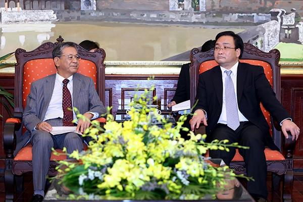 Bí thư Thành uỷ Hoàng Trung Hải đón tiếp ngài Hiroshi Fukada Đại sứ đặc mệnh toàn quyền Nhật Bản tại Việt Nam.