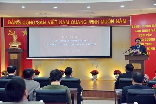 Chủ tịch UBND TP Nguyễn Đức Chung yêu cầu 3 tân Giám đốc Sở bắt tay vào công viêc ngay từ chiều nay 29-3
