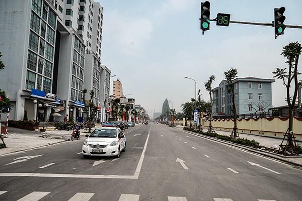 Cận cảnh tuyến đường đô thị kiểu mẫu tại Hà Nội trước ngày khánh thành ảnh 2