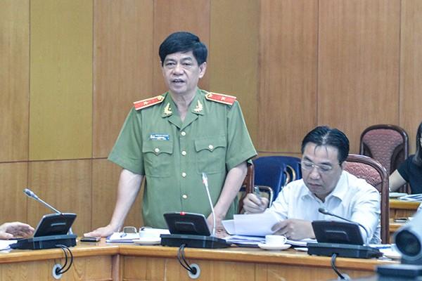 Thiếu tướng Đoàn Duy Khương, Giám đốc CATP Hà Nội phát biểu tại hội nghị