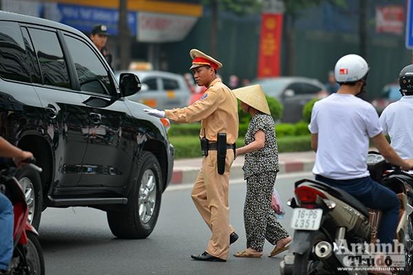 Xem Công an Hà Nội đảm bảo an ninh, an toàn phục vụ lễ đón chính thức Tổng thống Obama ảnh 4