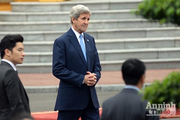 Hình ảnh ấn tượng tại lễ đón chính thức Tổng thống Mỹ ảnh 4