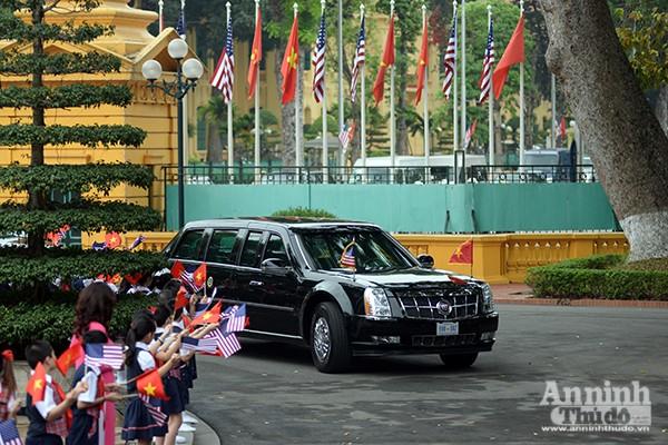 Hình ảnh ấn tượng tại lễ đón chính thức Tổng thống Mỹ ảnh 3