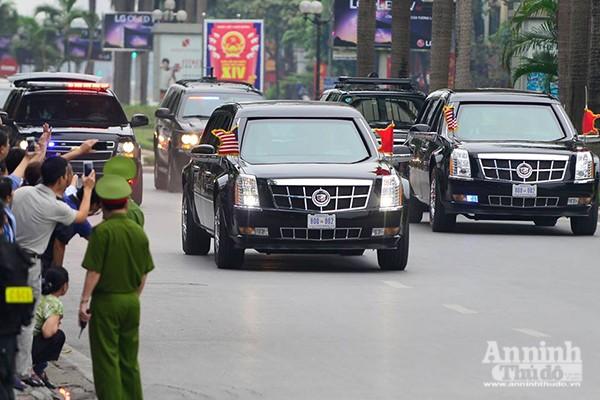 Cận cảnh dàn xe chuyên dụng, chống đạn chở Tổng thống Mỹ ảnh 4