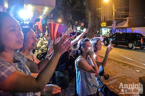 Tổng thống Mỹ được bảo vệ thế nào khi ăn bún chả ở Hà Nội ảnh 11