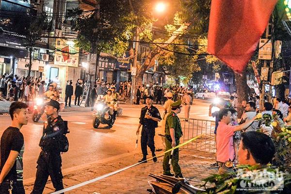Tổng thống Mỹ được bảo vệ thế nào khi ăn bún chả ở Hà Nội ảnh 3