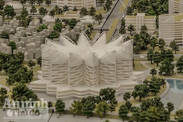 Trung tâm triển lãm cũng được thiết kế từ hình tượng hoa sen