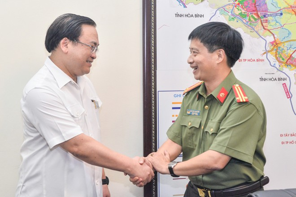 Bí thư Thành ủy Hà Nội Hoàng Trung Hải đánh giá cao nỗ lực, đóng góp của Báo ANTĐ vào sự phát triển chung của TP