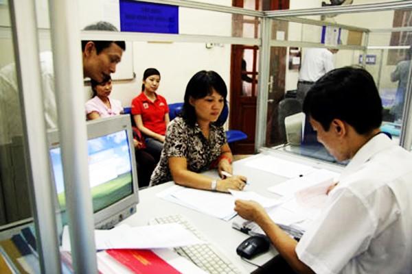 Giải quyết thủ tục hành chính phục vụ người dân tại bộ phận một cửa Sở Xây dựng Hà Nội