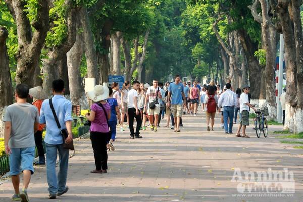 Không gian của 16 tuyến phố đi bộ này sẽ tạo ra tổng thể kết nối khu vực phố cổ, khu vực hồ Hoàn Kiếm và vùng phụ cận.