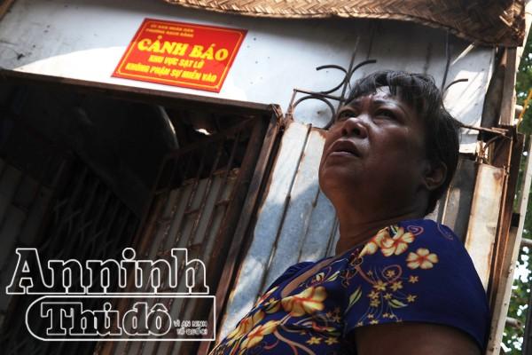 Hà Nội: Nhà đang ở bỗng trôi tuột xuống sông Hồng ảnh 11