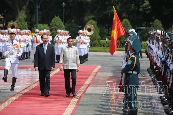 Tổng thống Philippines thăm chính thức Việt Nam ảnh 4