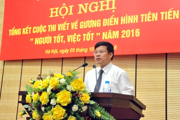Phó Chủ tịch UBND TP Hà Nội Ngô Văn Quý phát biểu tại hội nghị