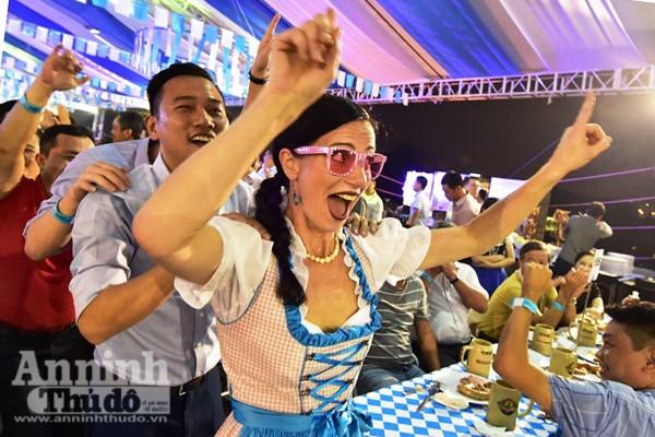 Sôi động lễ hội bia Đức tại Hà Nội ảnh 2