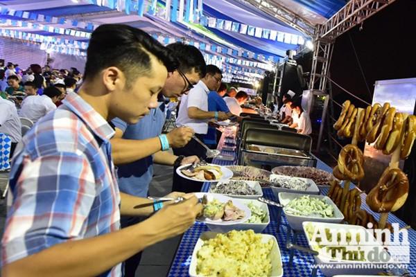 Sôi động lễ hội bia Đức tại Hà Nội ảnh 5