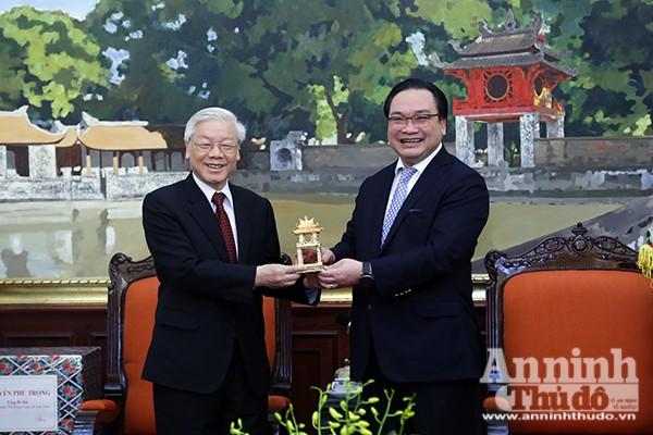 Tổng Bí thư Nguyễn Phú Trọng chúc tết Đảng bộ, chính quyền và nhân dân Thủ đô ảnh 2