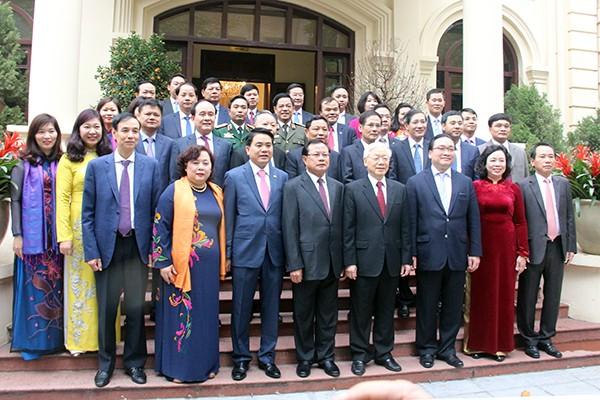 Tổng Bí thư Nguyễn Phú Trọng cùng các đồng chí lãnh đạo TP Hà Nội