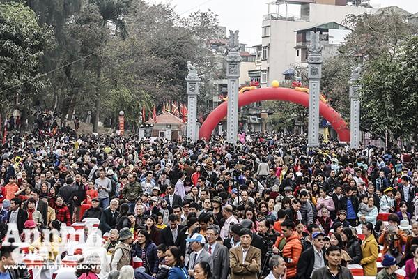 Hàng nghìn người nô nức khai hội Gò Đống Đa ảnh 9