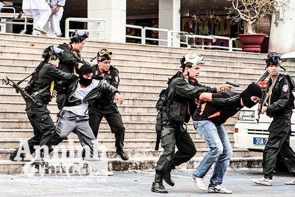 """Lực lượng Cảnh sát Hình sự đặc nhiệm, CATP Hà Nội là """"quả đấm thép"""" trên mặt trận tấn công trấn áp tội phạm"""