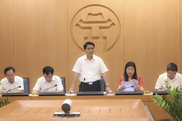 Chủ tịch UBND TP Nguyễn Đức Chung, Trưởng Đoàn kiểm tra số 2 của Thành ủy phát biểu tại buổi kiểm tra