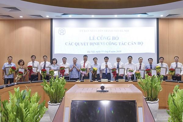 Hà Nội bổ nhiệm và bổ nhiệm lại 17 lãnh đạo các sở ngành, đơn vị ảnh 1