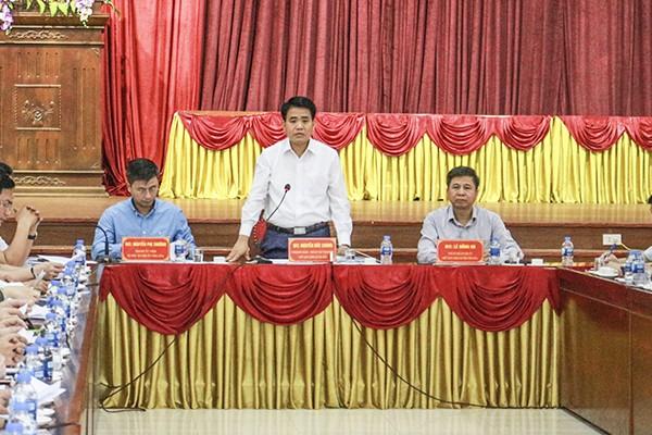 Chủ tịch UBND TP Nguyễn Đức Chung gợi mở cho Ứng Hòa hướng đầu tư nông nghiệp bền vững