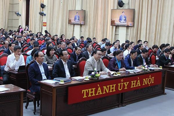 Quang cảnh hội nghị tại đầu cầu Hà Nội