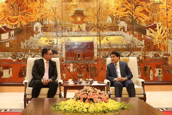 Chủ tịch UBND TP Nguyễn Đức Chung tiếp Phó Chủ tịch Philippine Airlines Ryan Uy