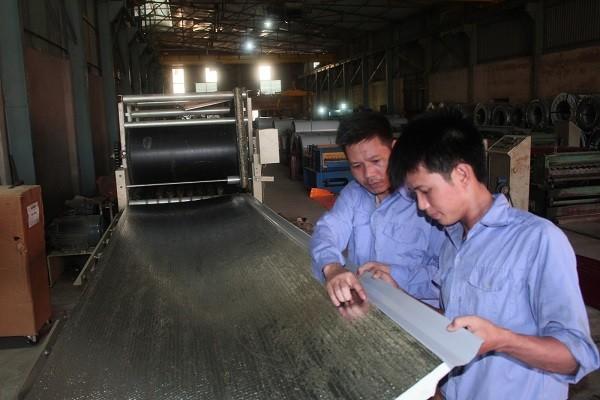 Hà Nội yêu cầu các đơn vị gặp gỡ doanh nghiệp để kịp thời nắm bắt khó khăn, vướng mắc, có biện pháp tháo gỡ thúc đẩy phát triển sản xuất kinh doanh.