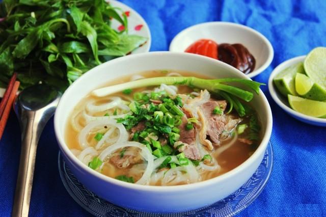 Phở Hà Nội là món ăn truyền thống được bạn bè quốc tế ưa chuộng