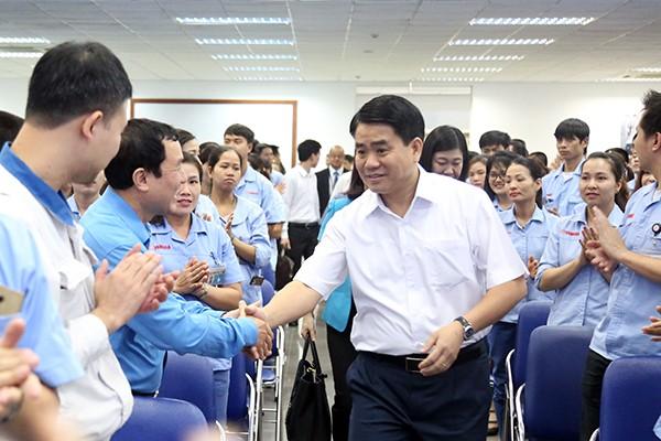 Chủ tịch UBND TP Nguyễn Đức Chung dự buổi đối thoại với công nhân Thủ đô 2019