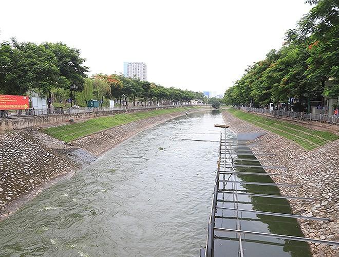 Công ty Thoát nước Hà Nội khẳng định việc xả nước hồ Tây là đúng quy trình