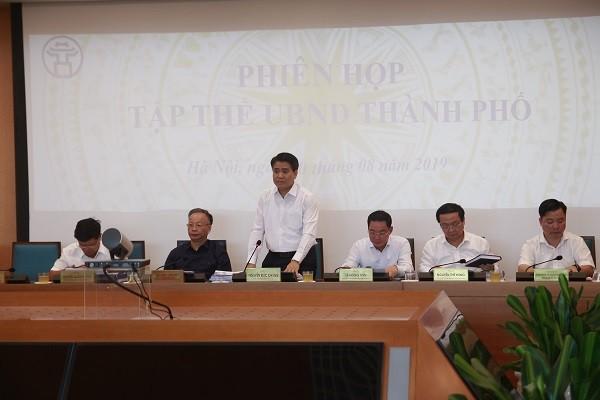 Chủ tịch UBND TP Nguyễn Đức Chung chủ trì cuộc họp