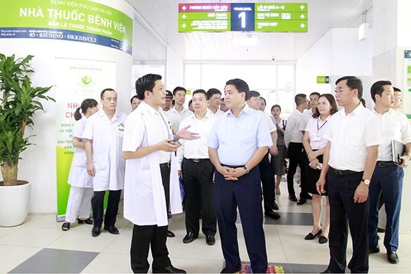 Chủ tịch UBND TP Hà Nội Nguyễn Đức Chung kiểm tra cơ sở vật chất và công tác khám chữa bệnh của BV Phụ sản Hà Nội
