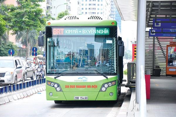 Hà Nội chú trọng phát triển vận tải công cộng chất lượng cao để phục vụ nhân dân