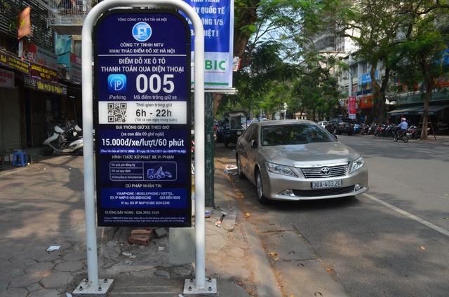 Dịch vụ iparking ở Hà Nội hiện gặp vướng mắc chủ yếu do phí dịch vụ khi thanh toán qua điện thoại của các nhà mạng còn cao