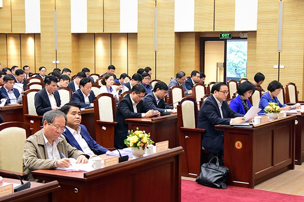 Các đồng chí lãnh đạo các bộ ngành và TP Hà Nội dự hội nghị