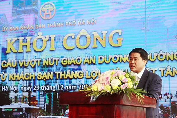 Chủ tịch UBND TP Nguyễn Đức Chung phát lệnh khởi công dự án