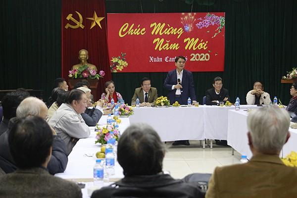 Chủ tịch UBND TP Nguyễn Đức Chung tri ân đóng góp của văn nghệ sỹ, trí thức Thủ đô