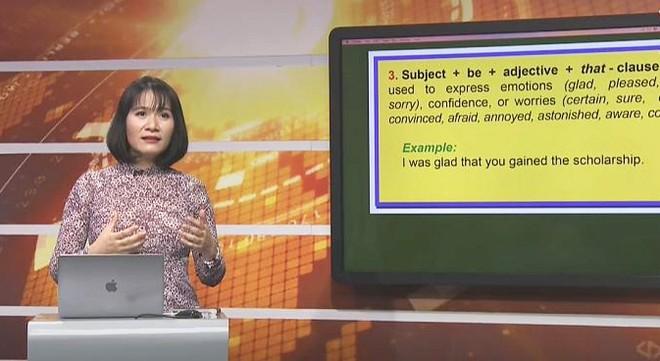 Chương trình dạy học qua truyền hình cho học sinh lớp 9 và lớp 12 tại Hà Nội được đánh giá cao